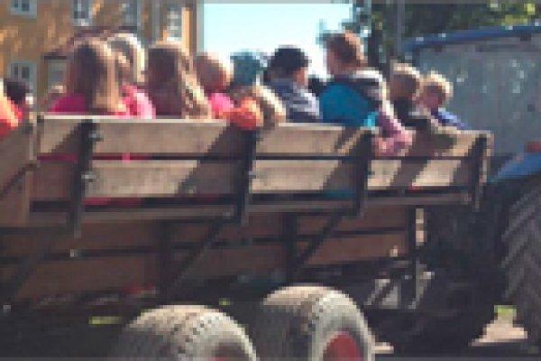 Bonden i Skolan på Berga och Jälla